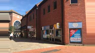 Primary Photo of Unit 21 Portland Walk Shopping Centre, Barrow in Furness