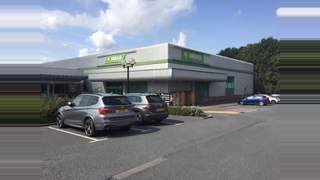 Primary Photo of Retail Unit, Roman Way Retail Park, Kidderminster Road, Droitwich, Worcestershire, WR99AY