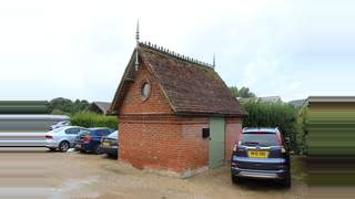Primary Photo of The Bull Pen, Jayes Park Courtyard, Ockley, Surrey, RH5 5RR