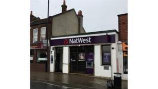 Primary Photo of Natwest - Former 124 Broadway, Didcot Oxfordshire, OX11 8AD