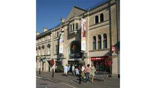 Primary Photo of Unit 4, Emery Gate Shopping Centre, Emery Gate, Chippenham, Wiltshire, SN15 3JP