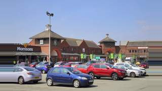 Primary Photo of Green Oaks Shopping Centre, Widnes