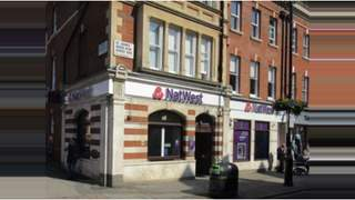 Primary Photo of Natwest - Former, 102 St. Johns Wood High Street, Westminster, London, Greater London, NW8 7SL