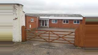 Primary Photo of 223 Northwick Road Worcester, Worcestershire WR3 7EJ