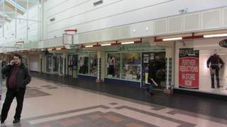 Primary Photo of 25-27 The Mall, Clarendon Square Shopping Centre, Hyde
