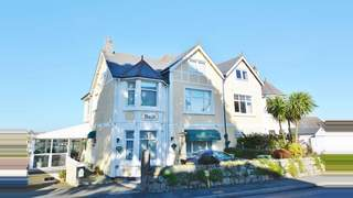 Primary Photo of Tregenna Guest House, Melvill Road, Falmouth, TR11 4AR