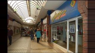 Primary Photo of Unit 18-19, The Market Shopping Centre, Crewe, CW1 2NG