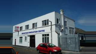 Primary Photo of Innovation Centre, Bridge Road, Camberley, Surrey GU15 2QR