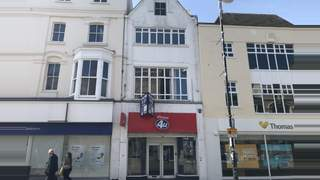 Primary Photo of 211 Queens Road, Hastings, East Sussex, TN34 1QP