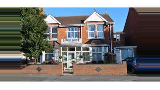 Primary Photo of Serena Court Hotel, 43 Drummond Road, Skegness, Lincolnshire, PE25 3EQ