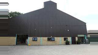 Primary Photo of The Old Grain Store, Childs Court Farm, Ashampstead Common, near Yattendon, Reading, Berkshire, RG8 8QT