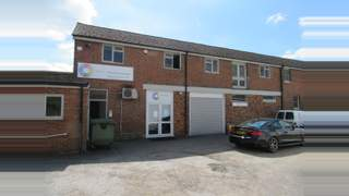 Primary Photo of First Floor, The Granary, 37 Bishopric, Horsham, RH12 1QE