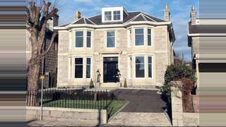 Primary Photo of 70 Queen's Road, Aberdeen AB15 4YE