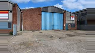 Primary Photo of Unit 3, Meadow Road, Reading, Berkshire, RG1 8LB