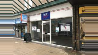 Primary Photo of Unit 27 Totton Shopping Centre