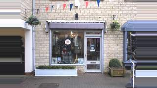 Primary Photo of 5 The Woolmarket, Cirencester GL7 2PR