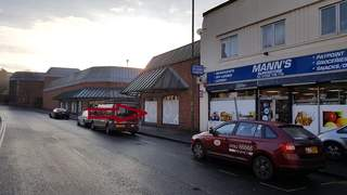 Primary Photo of 41 Oxford St, Kidderminster DY10 1AR