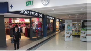 Primary Photo of Fareham - Unit 66, 12 Thackeray Mall, Fareham Shopping Centre