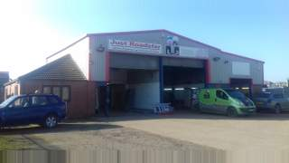 Primary Photo of Unit 1, Sandtoft Industrial Estate, Sandtoft Road, Belton, Doncaster, South Yorkshire DN9 1PN