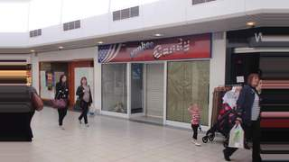 Primary Photo of Unit 5, Kingsgate Shopping Centre, Dunfermline, KY12 7QU