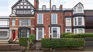Primary Photo of 7 Chorley New Road, Bolton, BL1 4QR