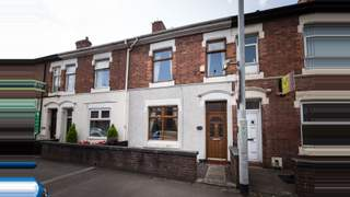 Primary Photo of 100 London Road, Newcastle-under-Lyme, ST5 1LZ