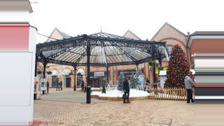 Primary Photo of 23 George Yard Shopping Centre, Braintree, CM7 1RB