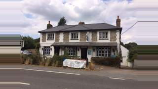 Primary Photo of 5 Horseshoes House Remenham Hill, Henley-On-Thames, Oxfordshire, RG9 3EP