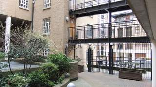 Primary Photo of Unit 2 Thorpes Yard, 61 Wapping Wall