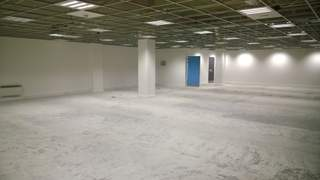 Primary Photo of 2A First Floor, Romford Shopping Hall, Market Place, Romford, RM1 3AB