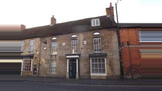 Primary Photo of Cross Keys House, High Street South, Olney, Buckinghamshire, MK46 4AA