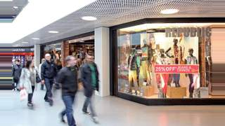 Primary Photo of Unit 9/10, Bon Accord Shopping Centre, Aberdeen, AB25 1HZ