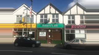Primary Photo of 16 Commercial St, Ystrad Mynach, Hengoed CF82 7DX