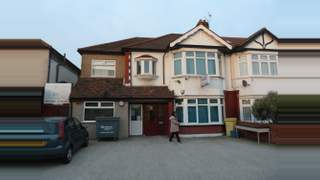 Primary Photo of 167 Eastern Avenue, Ilford, Essex, IG4 5AW