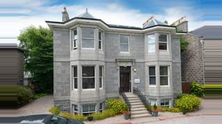 Primary Photo of 10 Queens Road, Aberdeen, AB15 4ZT