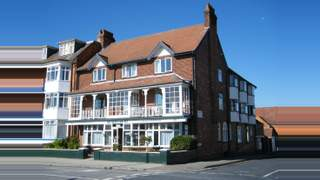 Primary Photo of Beach Court Holiday Apartments 82 South Parade, Skegness, Lincolnshire, PE25 3HR