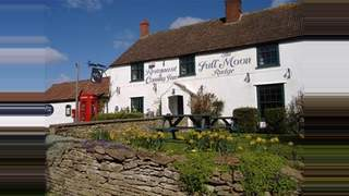 Primary Photo of Full Moon Inn, Lower Rudge, Frome, BA11 2QF