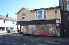 Primary Photo of Former Hair Salon Premises, 18 High Street, Shanklin