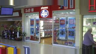 Primary Photo of Unit 25, Howgate Shopping Centre, Falkirk, FK1 1HG