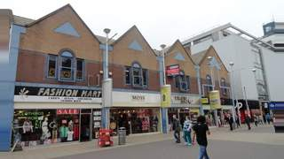 Primary Photo of UNIT 2, 171-175 HIGH ROAD ILFORD, ESSEX, Ilford, IG1 1DG