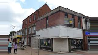 Primary Photo of 83 High Street, Scunthorpe, North Lincolnshire DN15 6LY