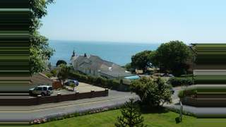 Primary Photo of 2 Queens Road, Shanklin PO37 6AN