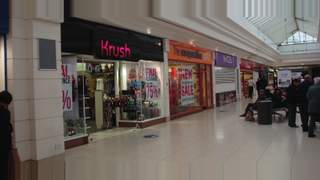 Primary Photo of Unit 2, Howgate Shopping Centre, Falkirk, FK1 1HG