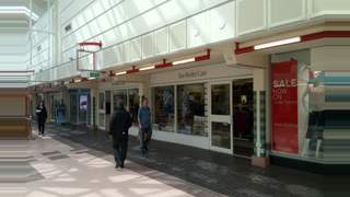 Primary Photo of Hyde - Clarendon Square Shopping Centre, SK14 2QT