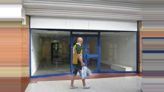 Primary Photo of Unit 11, Emery Gate Shopping Centre, Emery Gate, Chippenham, Wiltshire, SN15 3JP