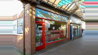 Primary Photo of 9 Union St, Andover, Hampshire SP10 1PA