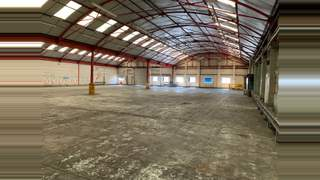 Primary Photo of Industrial Unit With Secure Yard Area, 4-6 Swallowfields, Welwyn Garden City