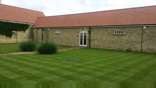 Primary Photo of The Barn, Waterloo Farm Courtyard, Stotfold Road, Arlesey SG15 6XP