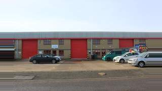 Primary Photo of Unit 3, (Postal 5) Scott Road Industrial Estate, Luton, LU3 3BF