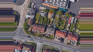Primary Photo of Worthing Road, Littlehampton, West Sussex, BN16 3LL